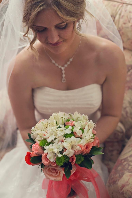 72871-sacramento-bridal-boquet-photo