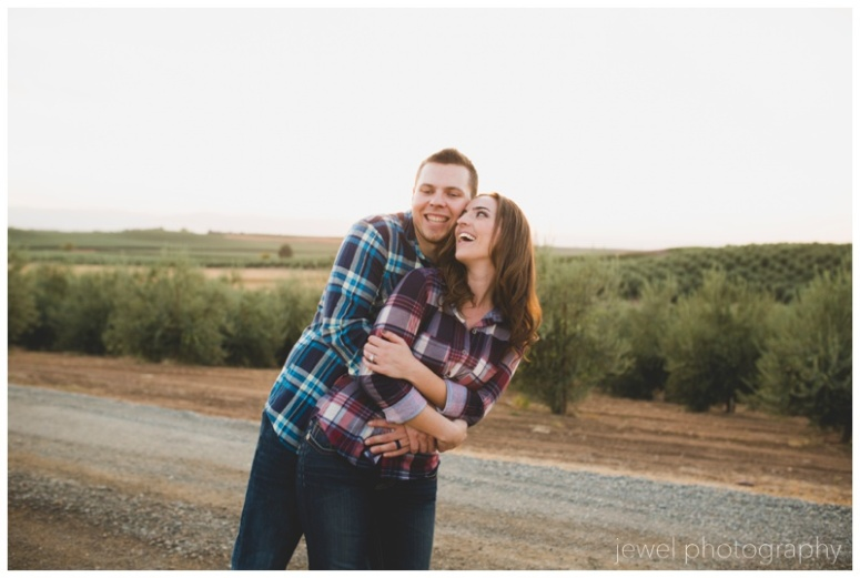 wedding-vineyard-windmill-engagement_0282