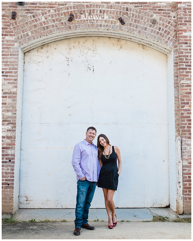 engagement-couple-historic-bridge_0616